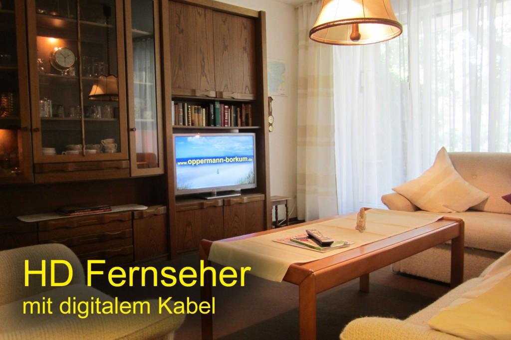 Das gemütliche Wohnzimmer mit aktuellem LED HD Fernseher mit digitalem Kabel